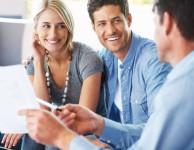 Pak by vás mohla zajímat bezúročná půjčka s možností odložení splátek až o půl roku.