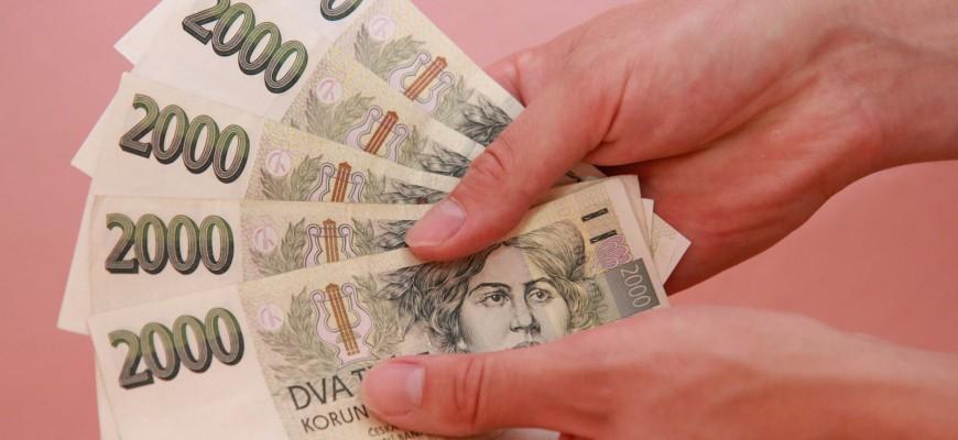 Tady můžete dostat rychlou půjčku, která je bez registru a bez poplatků, navíc ji vyřídíte do 15 minut a peníze tak máte k dispozici ještě dnes.
