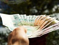 Potřebujete rychle sehnat peníze? Pak zde pro vás máme okamžité řešení každé finanční krize. Můžete zde do 10 minut dostat 5000 Kč.